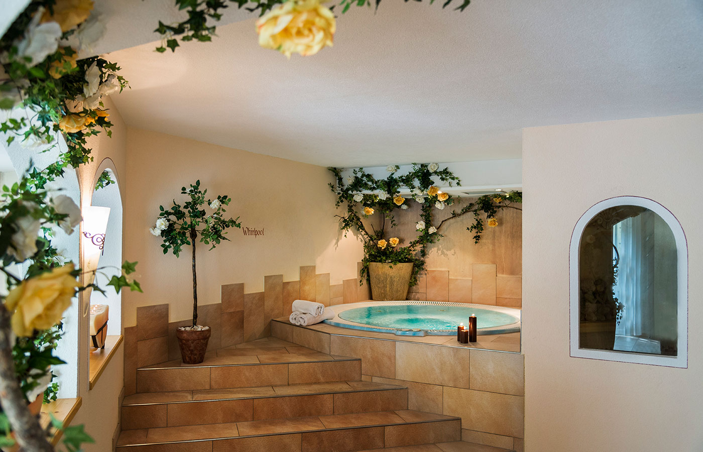 Area Wellness Hotel Waldheim: the round whirlpool